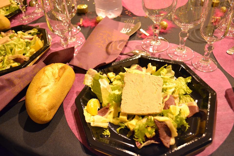 Nos traditions de Noël en Provence : la Sainte Barbe, les pastorales, la crèche et Sainte Luce